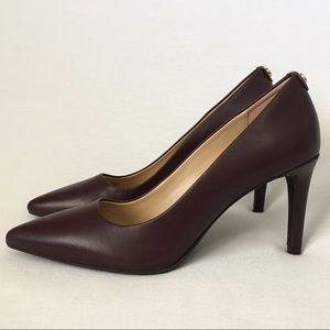 MK Mid Pump Pointy Toe Dark brown Leather heels